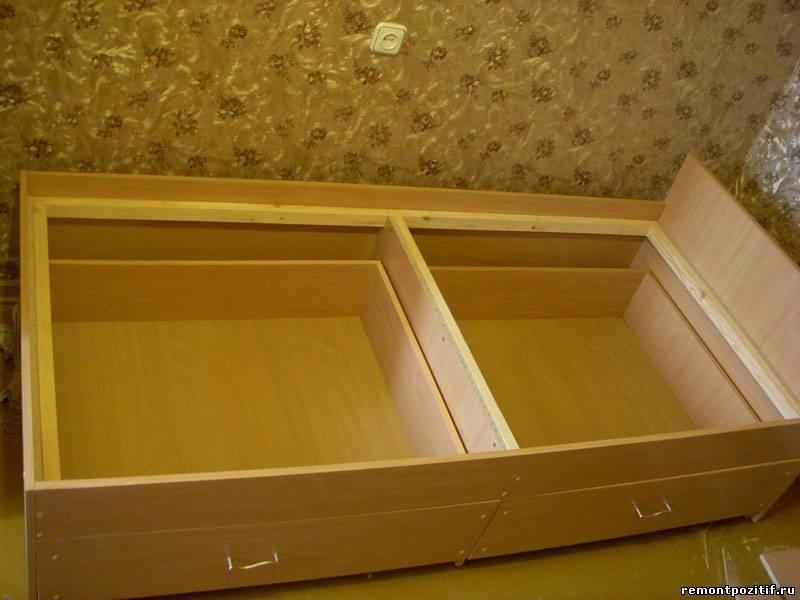 Кровати с выдвижными ящиками своими руками фото