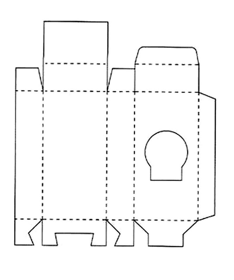Треугольная коробка для