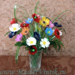 Летний букет цветов из пластиковых бутылок