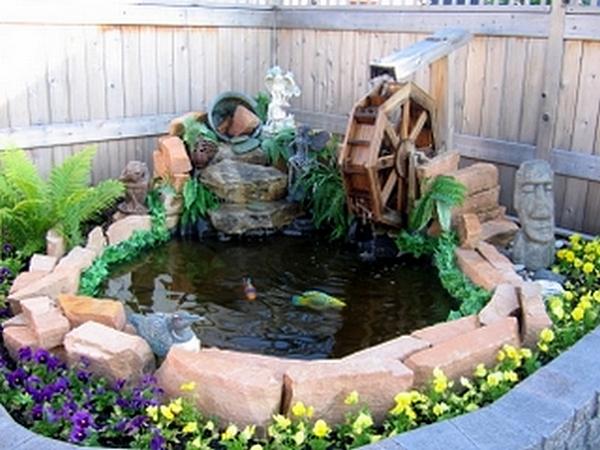 Декоративная мельница для сада