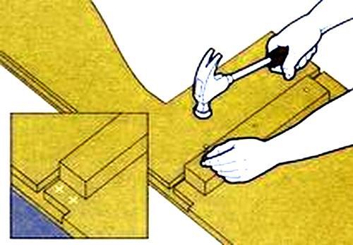 Как сделать простой диван своими руками?