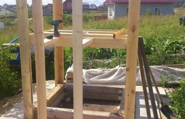Как сделать песочницу с домиком?