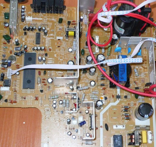 Ремонт телевизоровRecor своими руками. Советы при ремонте.