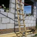 Как сделать простую деревянную лестницу?